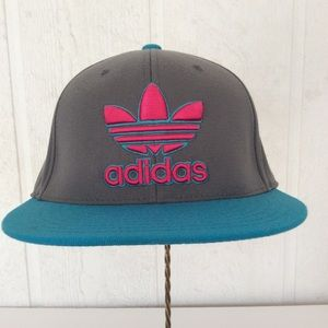 ADIDAS FITTED BASEBALL HAT